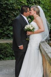 Bride and groom, photo walk